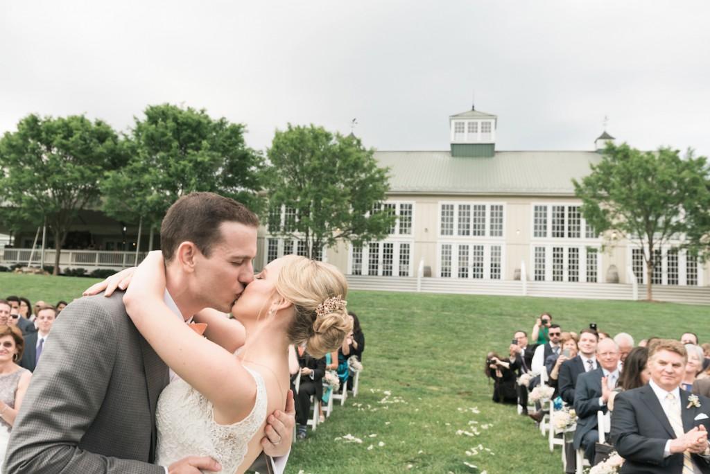 veritas vineyard wedding virignia